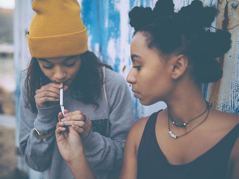 teenage smoking in canada essay Toronto, canada: registered nurses' association of ontario  of ontarians by  preventing children and youth from starting to smoke, helping ontarians quit.
