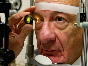 Drug Dosages Questioned in Diabetic Macular Edema Trial