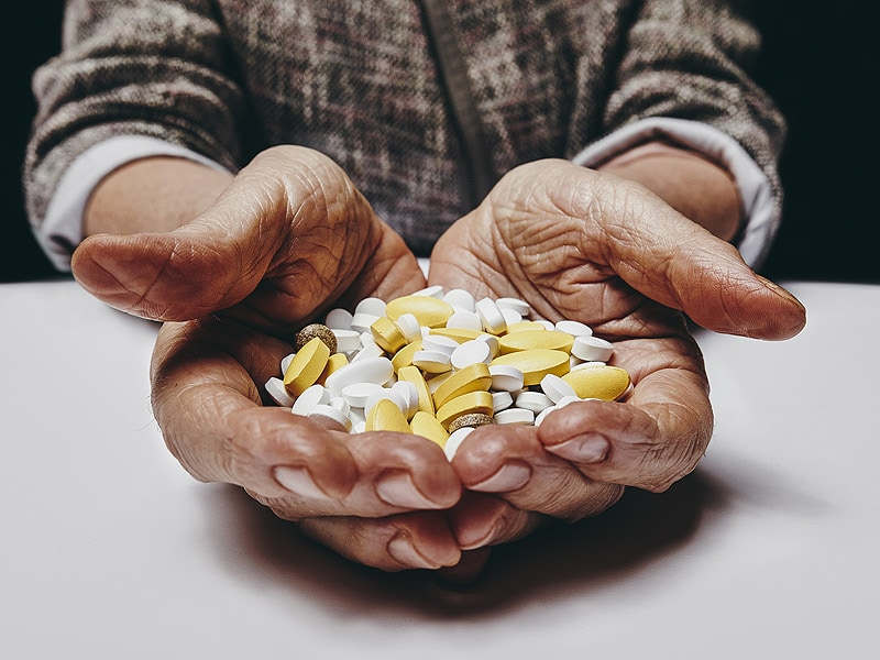 polypharmacy in older adults essay Polypharmacy and aging: elderly adults account for 34% of prescription medications and 40% of over-the that focused on patients 65 years and older at a.