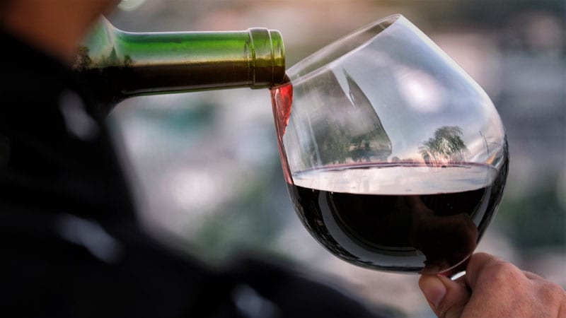 Alcohol Consumption Linked to Reduced Cataract Risk