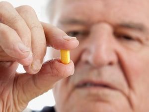 Statins Questionable for Elderly Men Without Heart Disease