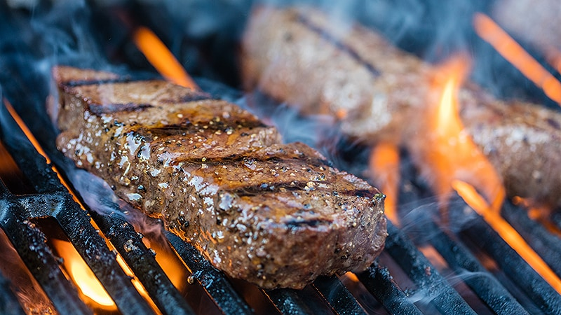 Moderate Intake of Red Meat Tied to Higher Colorectal Cancer Risk
